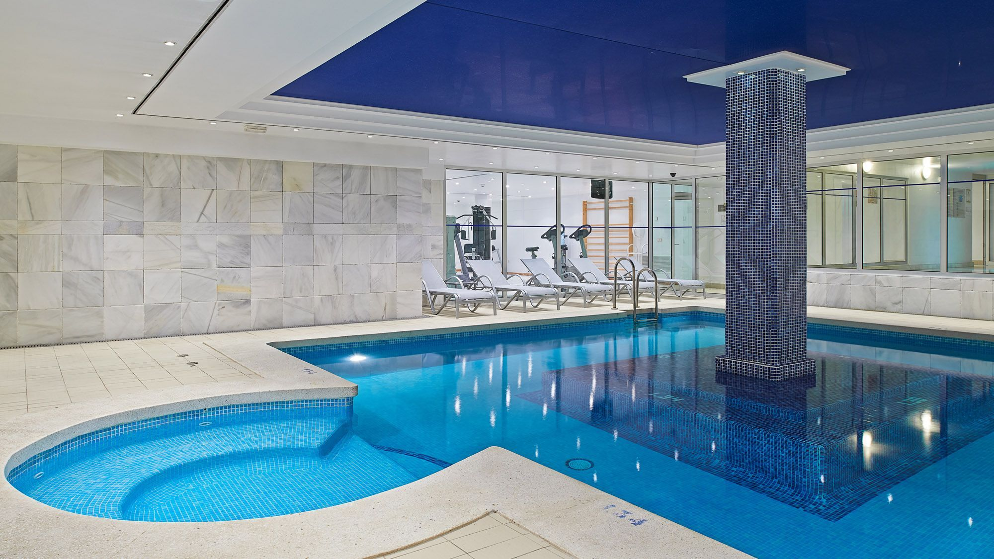 Hipotels sherry park photo gallery cadiz for Indoor swimming pools in mesa az