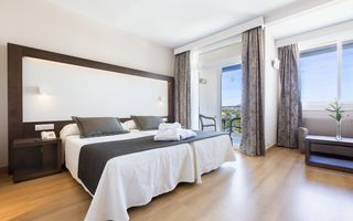 Select Double Room with Sea View