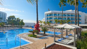 End Season Offer Hipotels Cala Millor Park